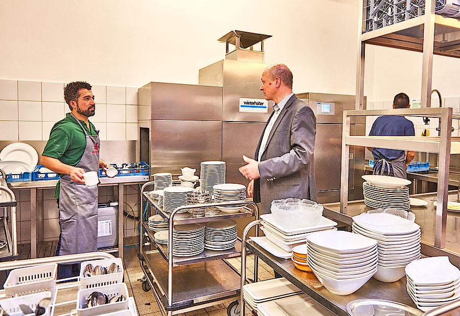 Lavavajillas en la industria hotelera